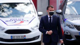 Emmanuel Macron en una visita reciente a una comisaría de policía en Montpellier.