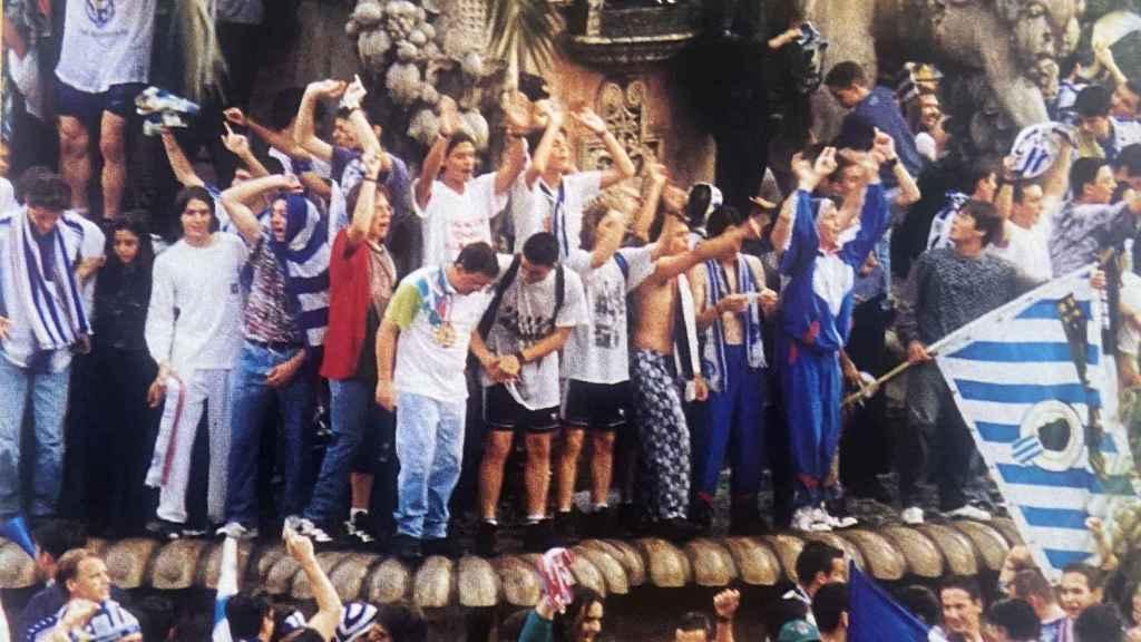 Celebración en la fuente de Luceros.