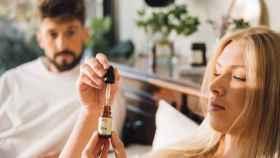 Uncanny solo trabaja con productos de belleza a base de Cannabis.