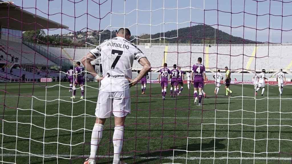 Cristiano Ronaldo se lamenta tras una ocasión perdida