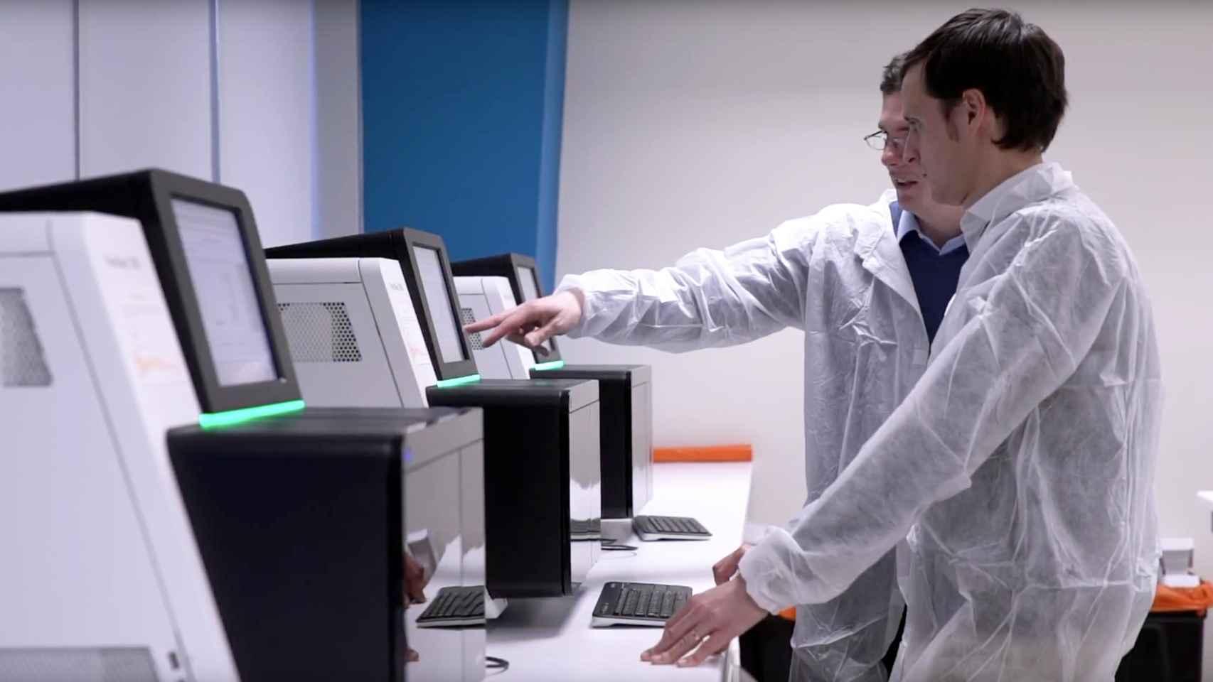 Miquel Angel Bru y Óscar Flores, cofundadores de la biotech Made of Genes.