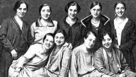 Empleadas logroñesas de Tabacalera, fotografiadas por 'Estampa' en 1928.