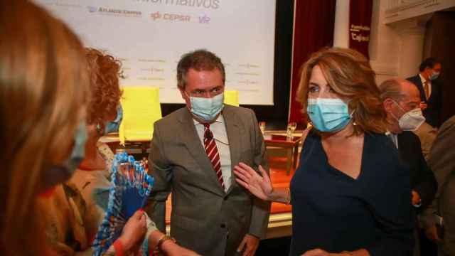 La secretaria general del PSOE andaluz, Susana Díaz, y Juan Espadas.