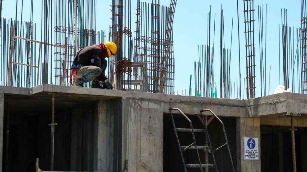 Un trabajador de la construcción.