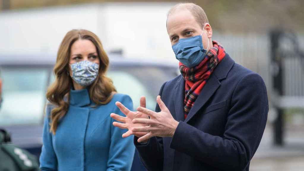 Kate Middleton y el príncipe Guillermo, en un acto Newbridge.