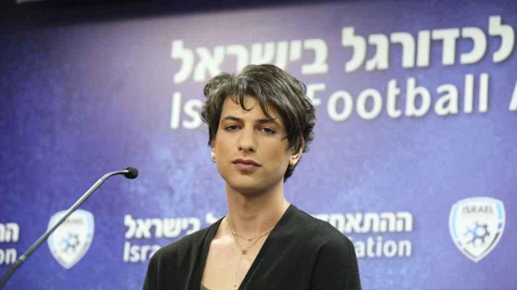 Sapir Berman es la primera árbitra transgénero en Israel; hizo historia al consumarse su cambio de identidad