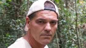 Frank Cuesta tiene problemas con sus vecinos, que han llegado muchos después que él