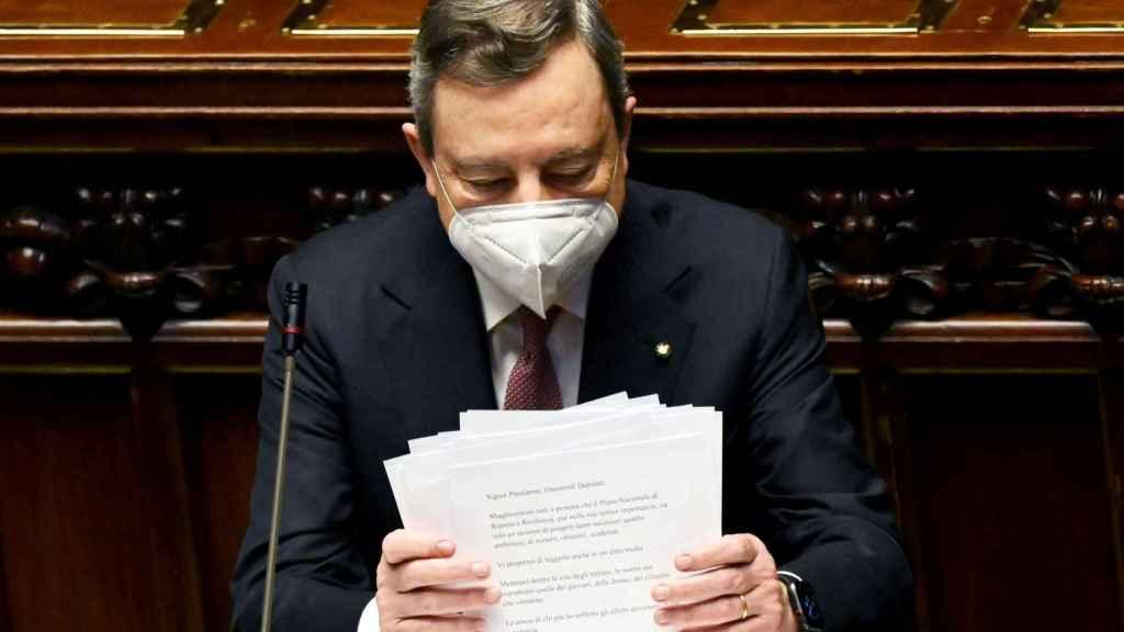El primer ministro italiano, Mario Draghi, durante la presentación de su plan en el Parlamento este lunes