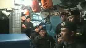 Un frame del vídeo de los marineros.