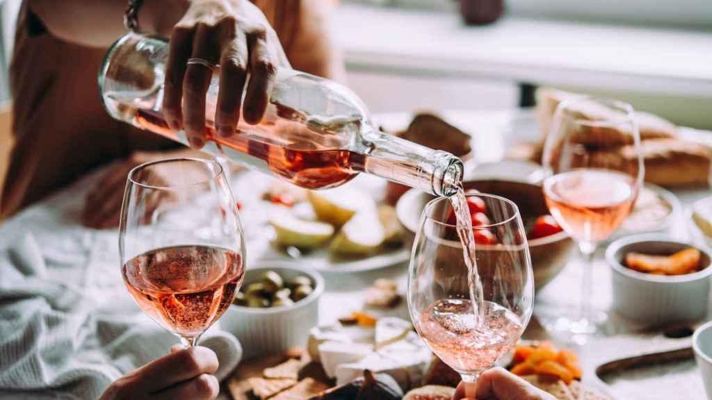 Los mejores vinos rosados para celebrar el Día de la Madre.