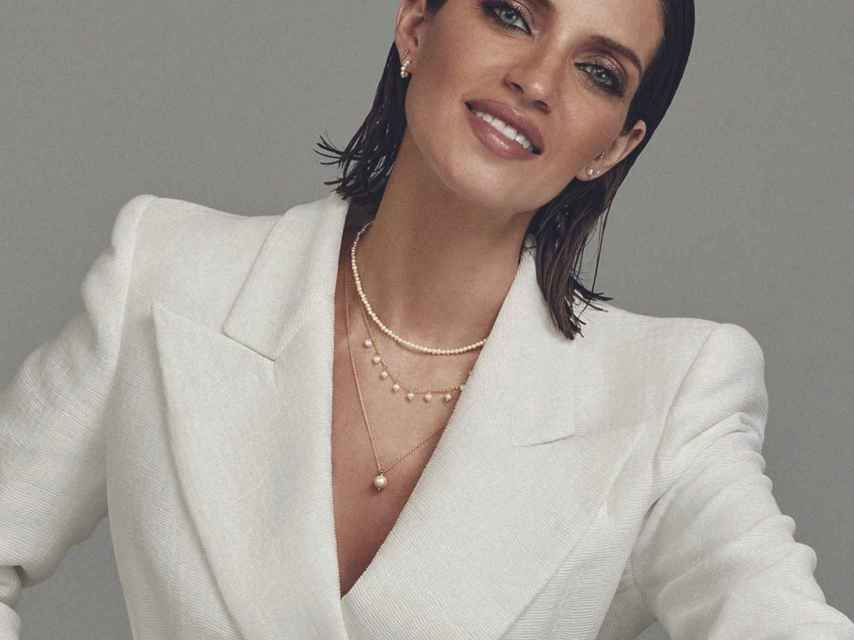 Sara Carbonero has also opted for pearls in her collection for Agatha Paris.
