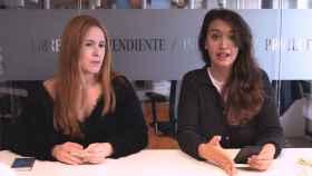 Ane Olabarrieta y Cristina Rodrigo durante la grabación del kiosco rosa.