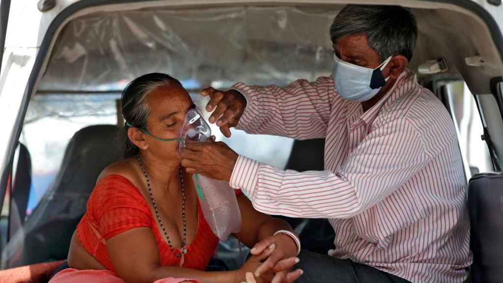 El país está sufriendo una escasez de oxígeno.