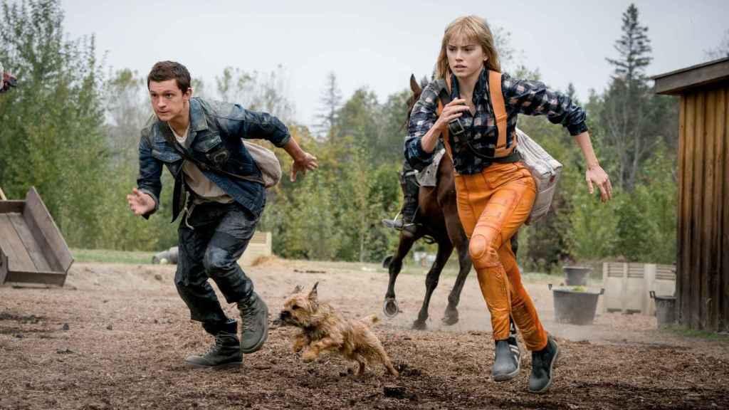 Tom Holland y Daisy Ridley en 'Chaos Walking'.