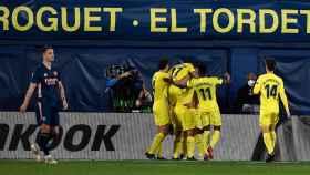El Villarreal celebra su gol ante el Arsenal en Europa League