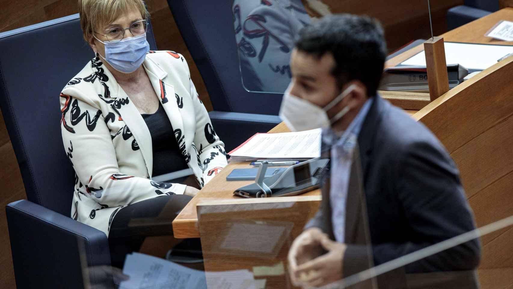 La consellera de Sanidad de la Comunidad Valenciana, Ana Barceló, hoy en las Cortes.