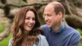 Kate Middleton y el príncipe Guillermo, en una imagen captada por su décimo aniversario.