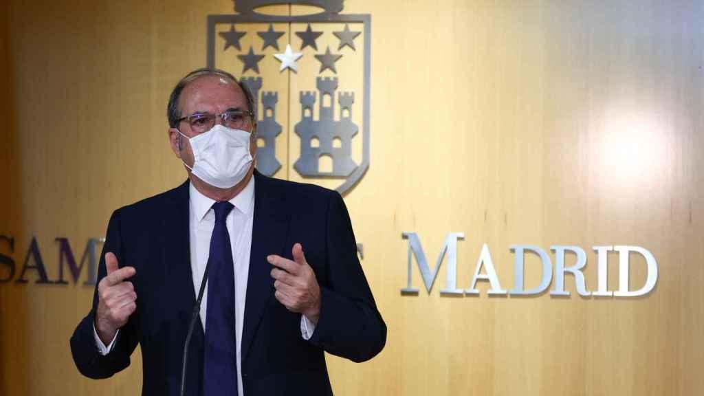 Ángel Gabilondo, durante una sesión en la Asamblea de Madrid.