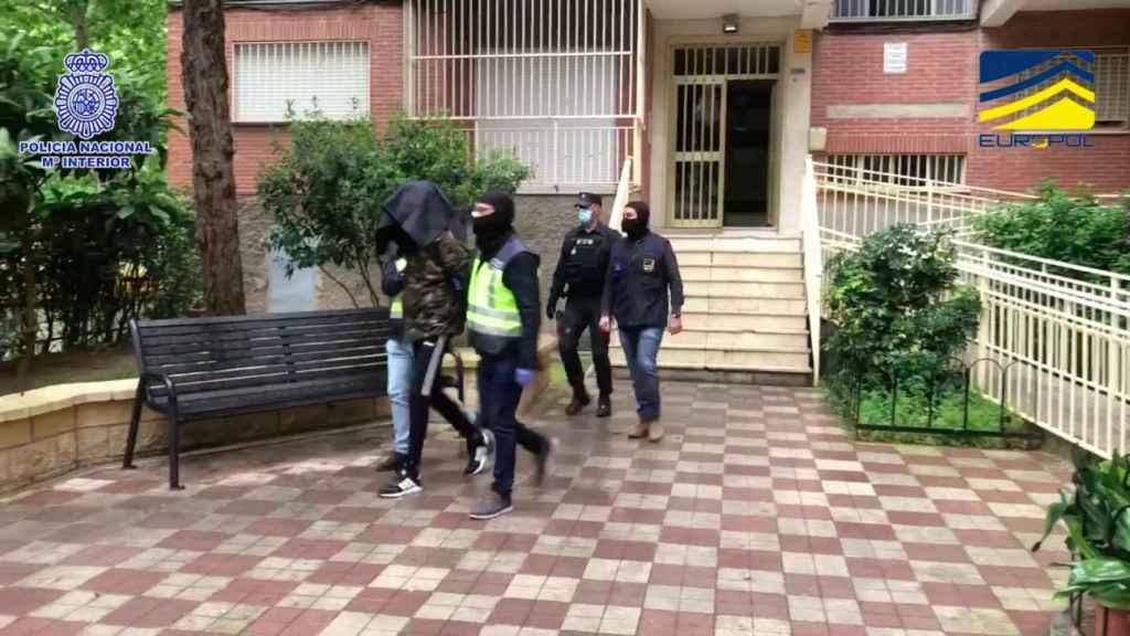 Uno de los detenidos en la operación de la Comisaría General de Información.