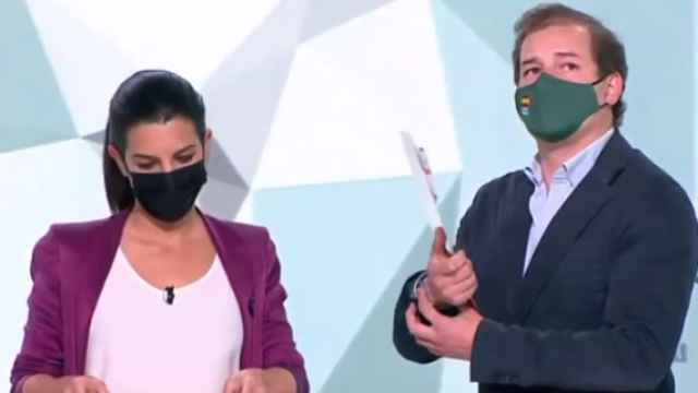 Ribas y Rocío Monasterio en el debate de Telemadrid.