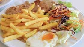 Una imagen de un plato combinado.