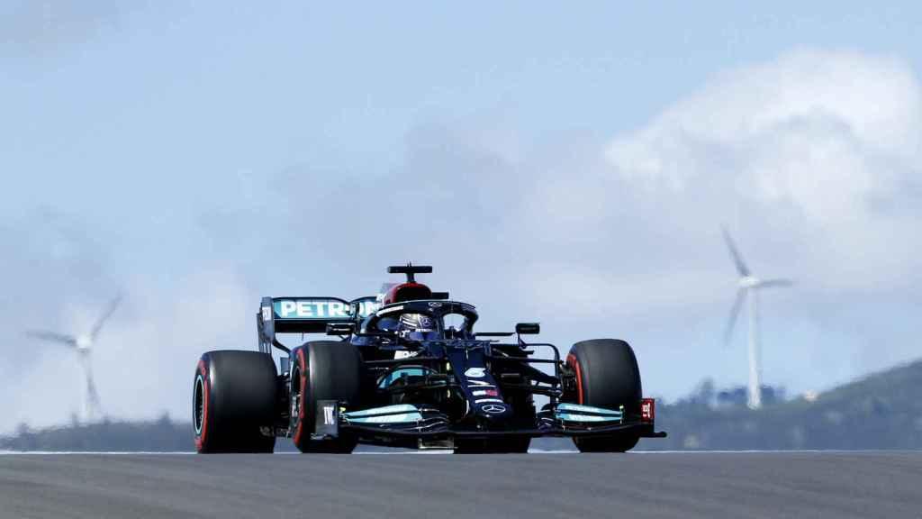 Lewis Hamilton en el circuito portugués de Portimao