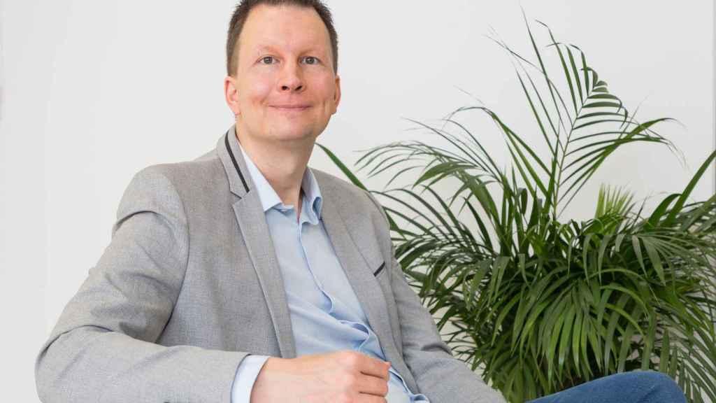 Lasse Rouhiainen, escritor y divulgador de inteligencia artificial.