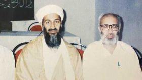 Bin Laden y el periodista Rahimullah Yusufzai.