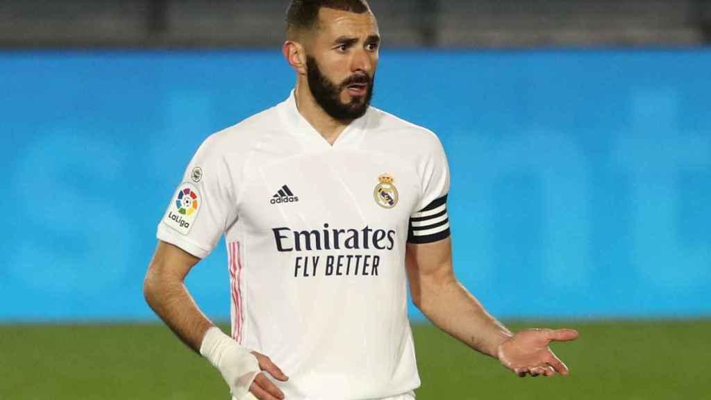 Karim Benzema pide explicaciones a un compañero