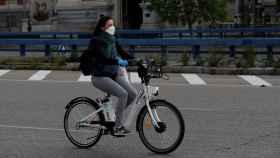 La normativa aplica a la circulación en bicicleta en todo tipo de vías.
