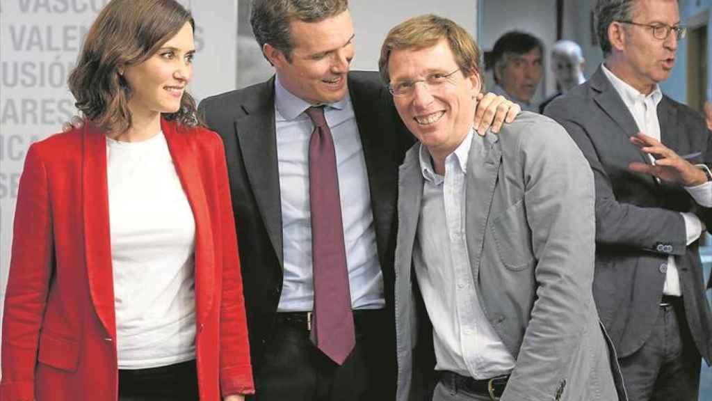 Ayuso, Casado y Almeida, en una imagen de 2019.