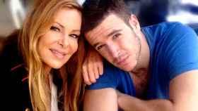 Ana Obregón y su hijo Álex, en una imagen compartida en Instagram.