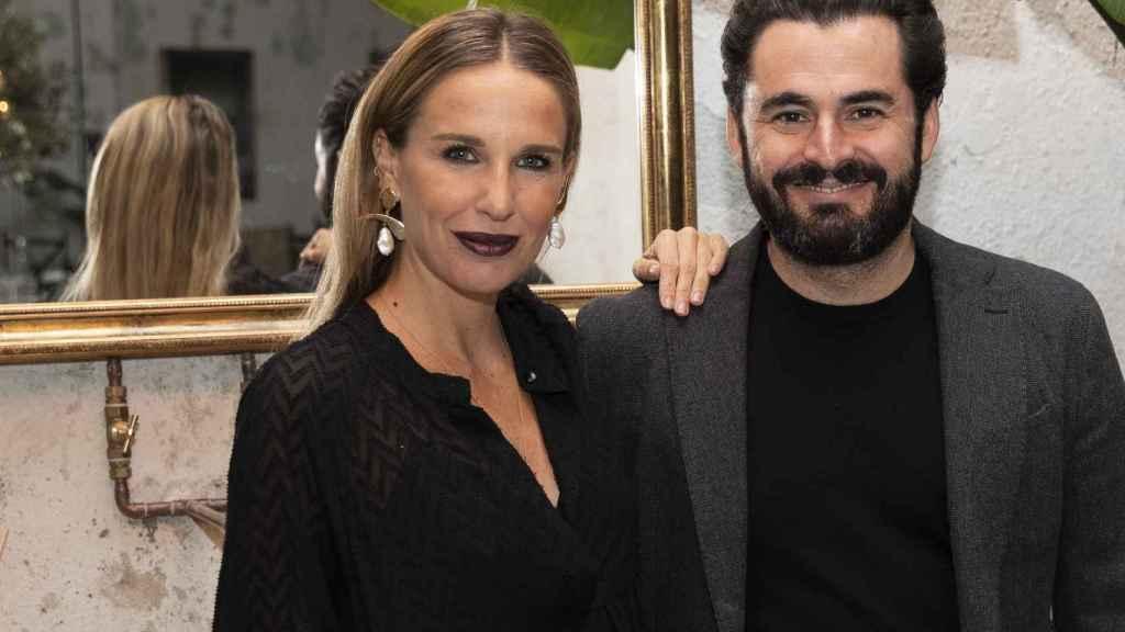 Carola Baleztena y Emiliano Suárez, durante un evento en Madrid.