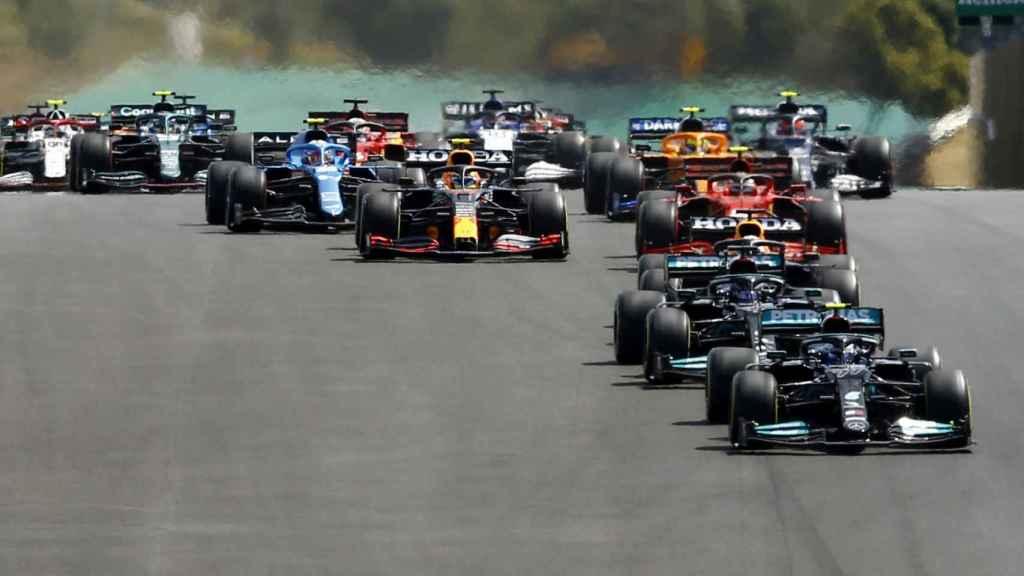 Bottas al frente de la parrilla de Fórmula 1 en Portimao