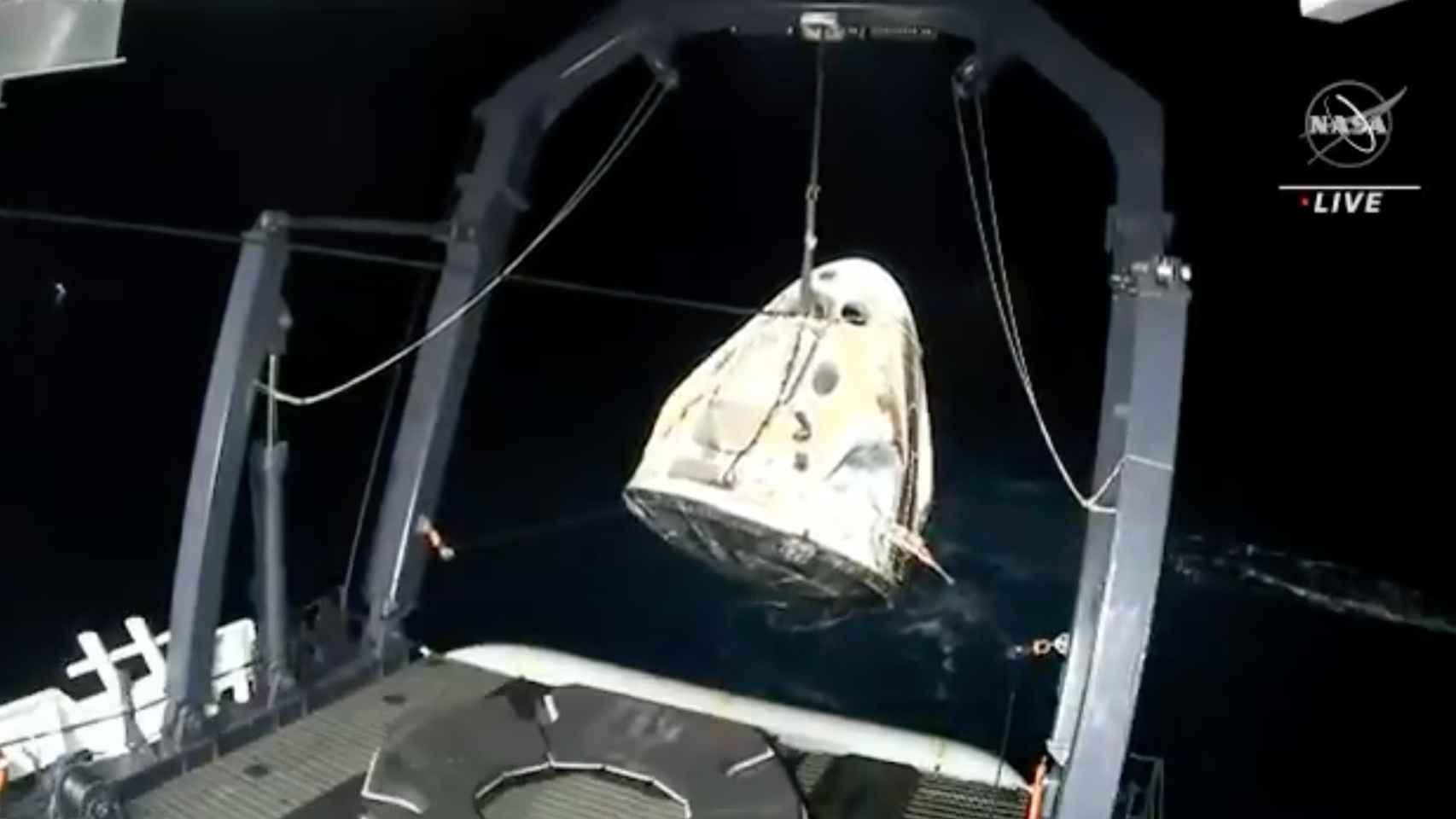 Éxito de NASA y SpaceX: ameriza la cápsula Dragon con cuatro astronautas de la ISS