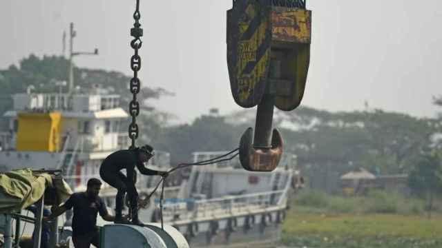 Las operaciones de rescate tras el accidente.