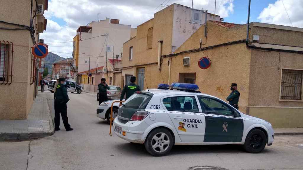 La Guardia Civil desplegada en Jumilla tras el homicidio de Kevin.