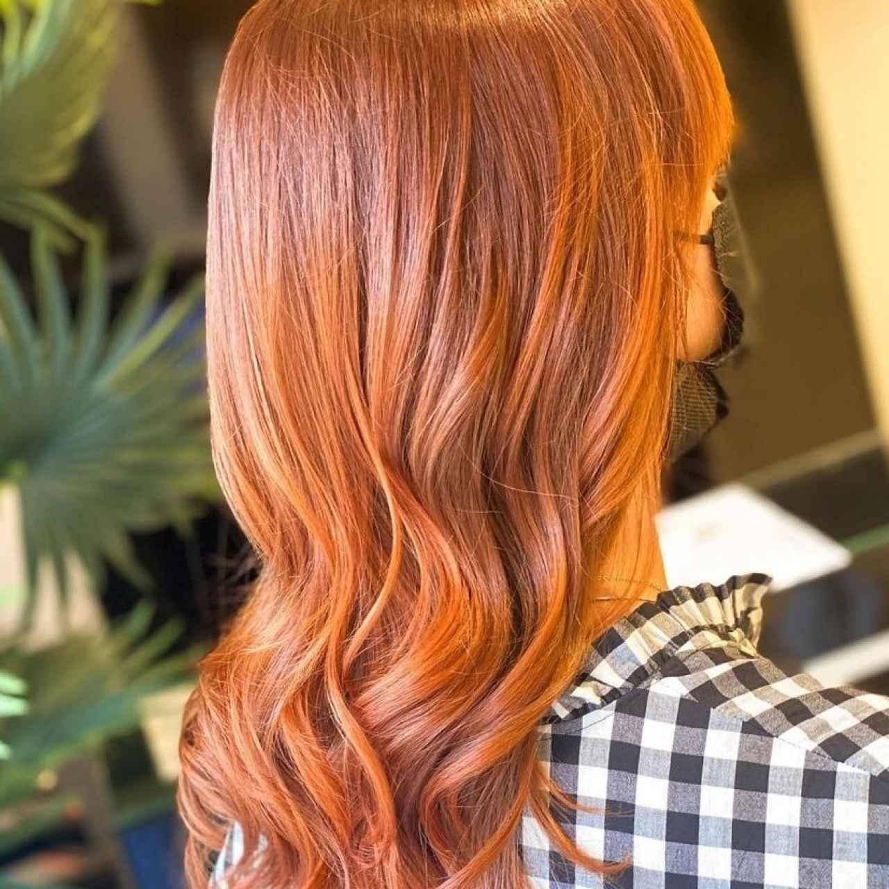 Los cabellos rojizos precisan también de productos específicos para no perder su brillo.