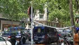 Operativo policial en la calle Ayala