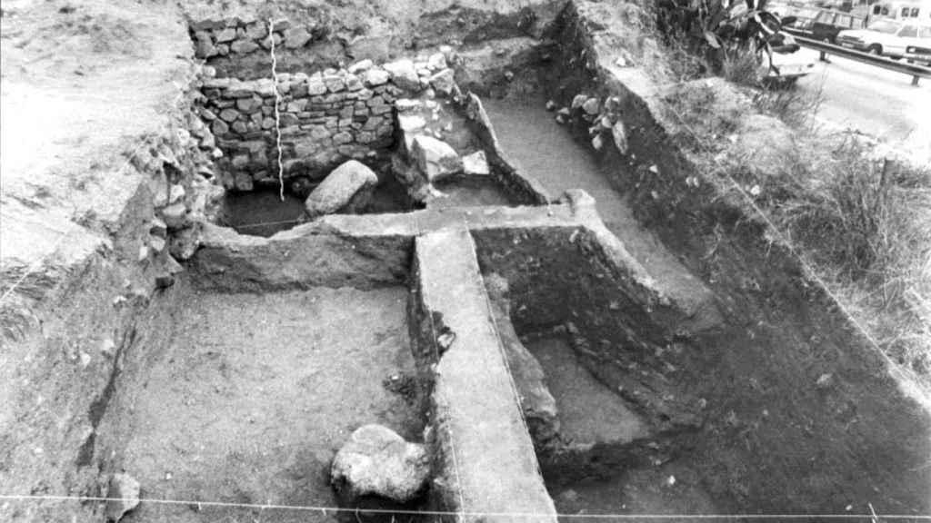 Fotografía de una de las excavaciones realizadas en 1981.