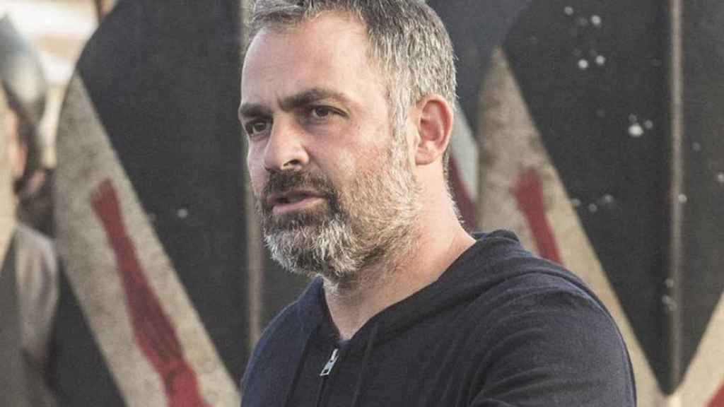 Miguel Sapochnik en el rodaje de 'La batalla de los bastardos' de 'Juego de Tronos'.
