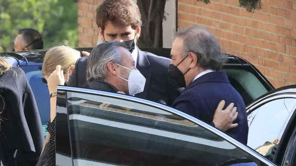 Pedro Trapote recibió el cariño y las condolencias de su entorno y familiares en el cementerio de San Justo.