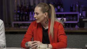 Captura de Elvira Todua durante el programa Comment.Show de YouTube