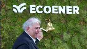 El presidente de Ecoener, Luis de Valdivia, en el toque de campana del estreno como cotizada.