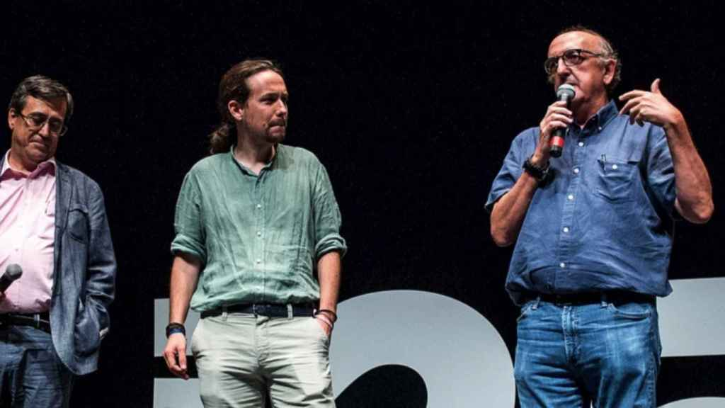 Iglesias y Roures, juntos en la presentación de un acto.
