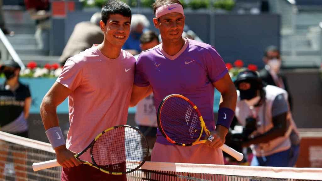 Rafa Nadal y Carlos Alcaraz antes de su partido en el Mutua Madrid Open