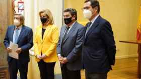 El ministro de Inclusión, Seguridad Social y Migraciones, José Luis Escrivá, firma el acuerdo de colaboración entre el Ministerio, las Mutuas y la CEOE.