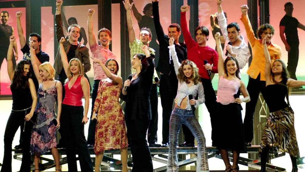 Todos los concursantes de 'Operación Triunfo 1' en una imagen fechada en 2002.