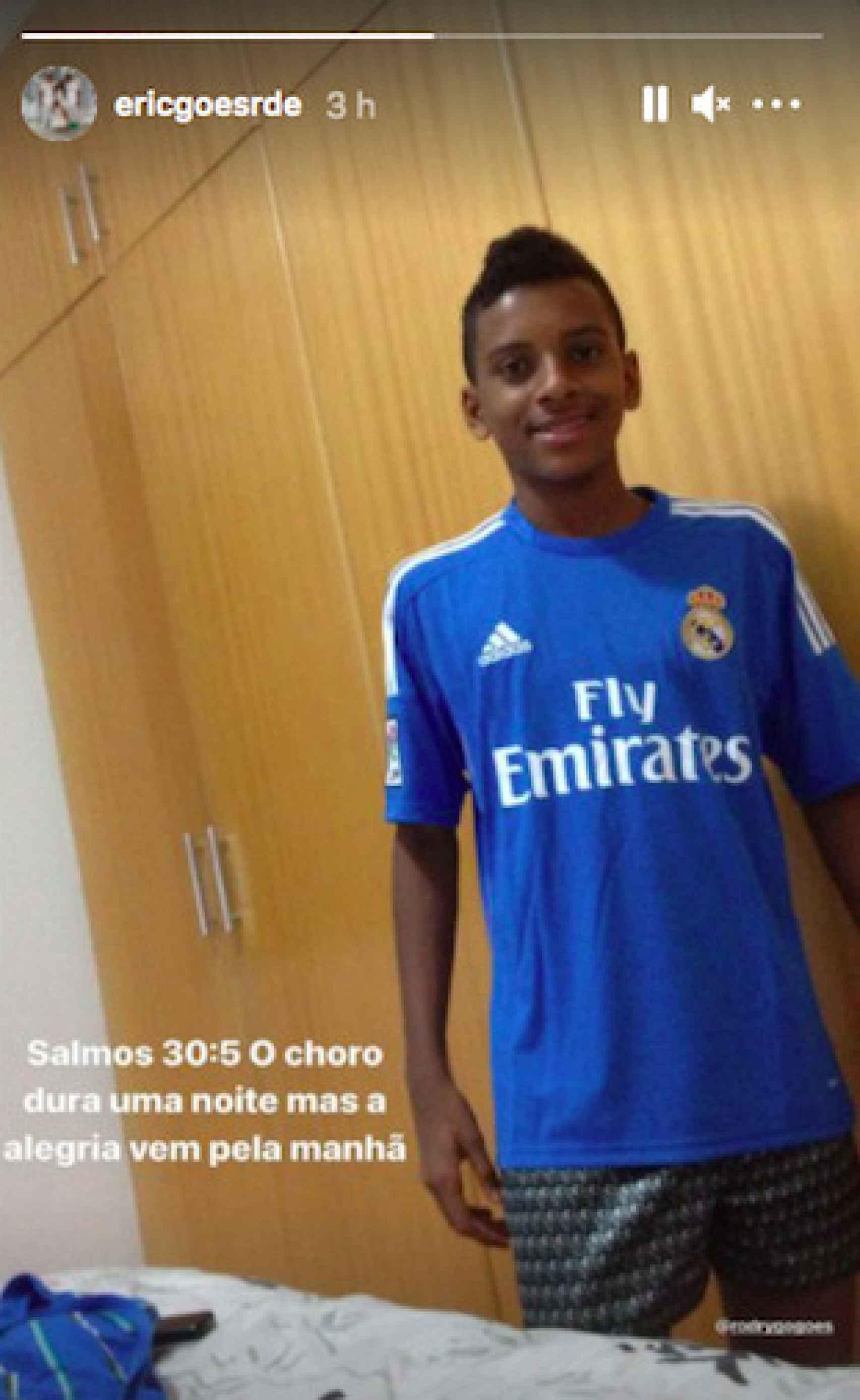 Rodrygo, de pequeño vestido del Real Madrid