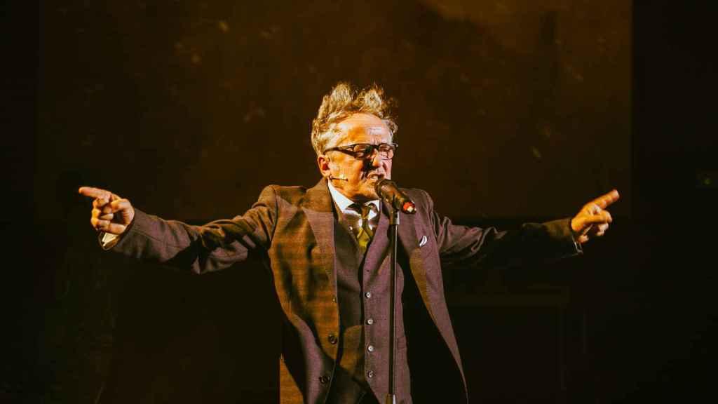 Morris en el monólogo inicial de 'Shock 2'.